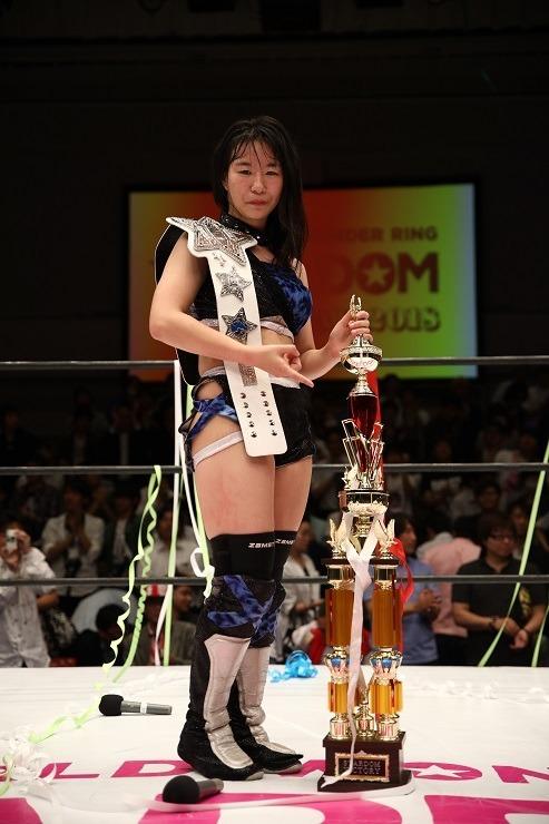 桃が白いベルトの第12代チャンピオンに!!!